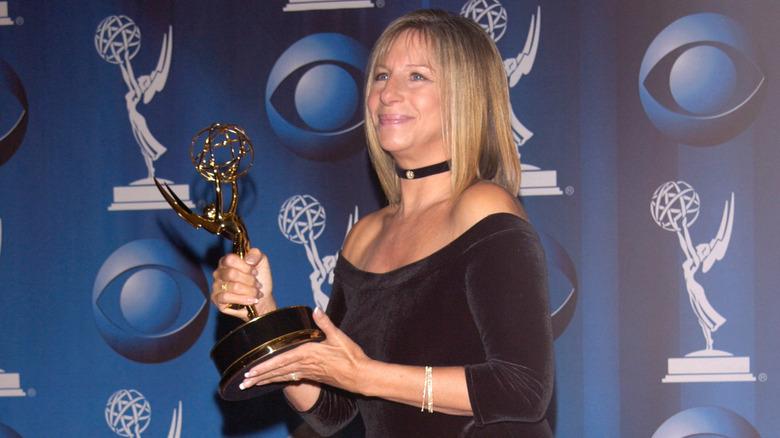 Barbra Streisand håller Emmy