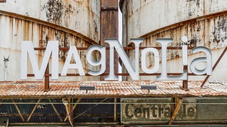 Magnolia marknadsskylt