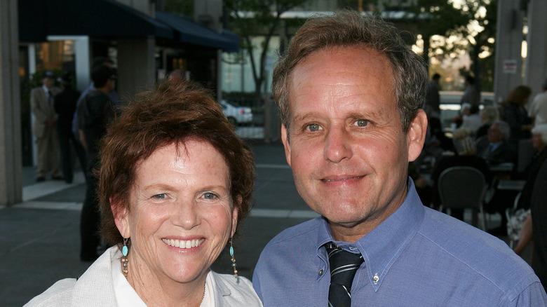 Martha Sue Cumming och Peter MacNicol