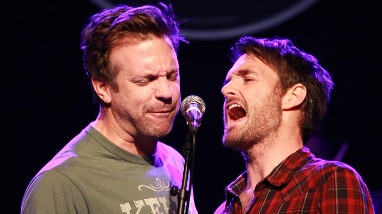 Jason Sudeikis och Will Forte sjunger