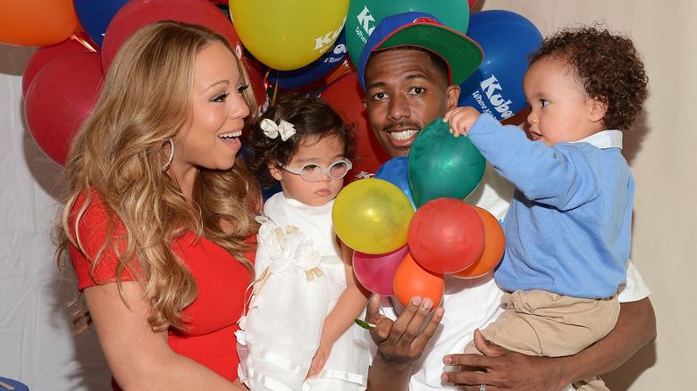 Mariah Carey och Nick Cannon med tvillingarna Monroe och marockanska