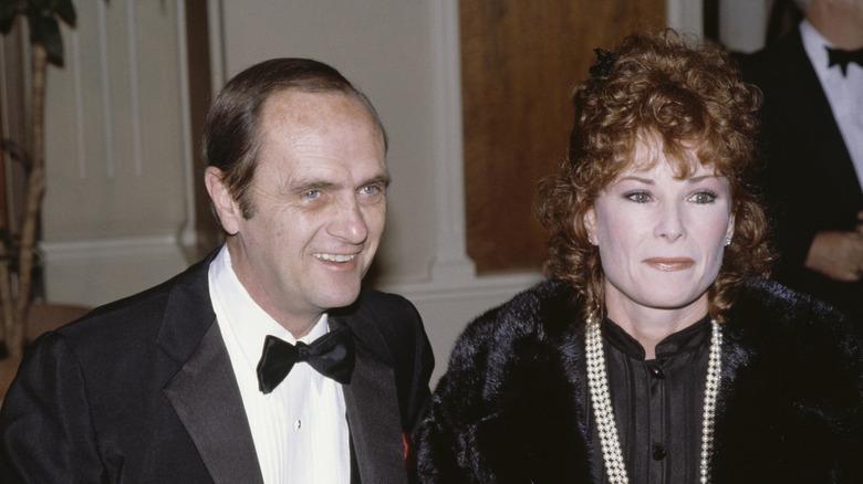 Bob Newhart och Ginnie Newhart ler