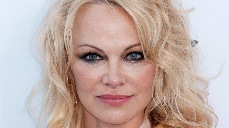 Pamela Anderson på röda mattan