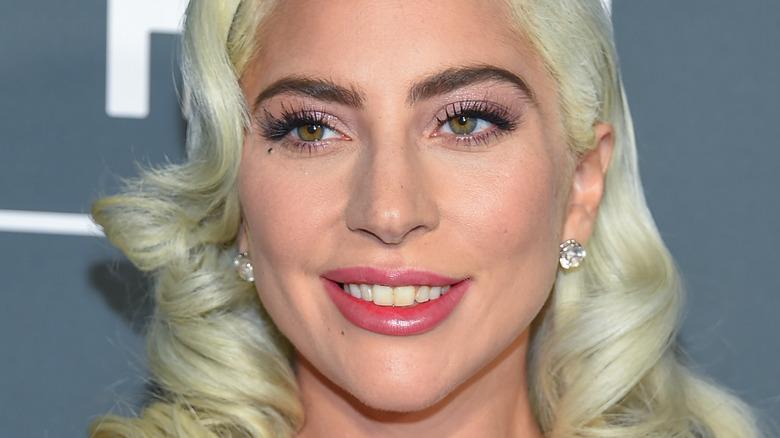 Lady Gaga ler